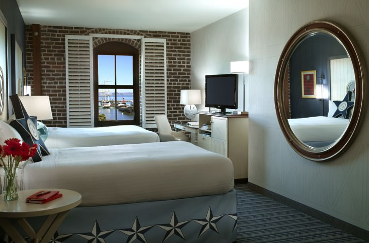 Argonaut Hotel - Twin Bed