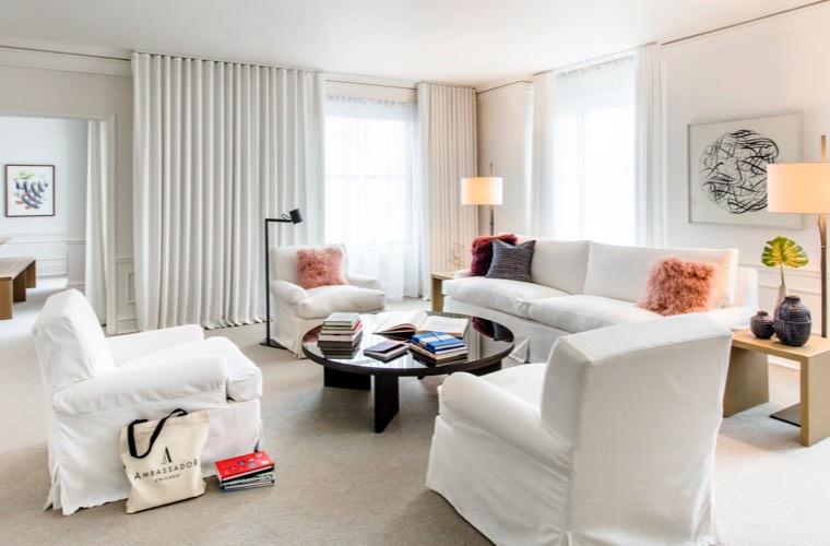 Ambassador Hotel Chicago - One Bedroom Suite